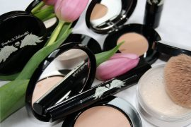 Brandneues Make-up 50plus