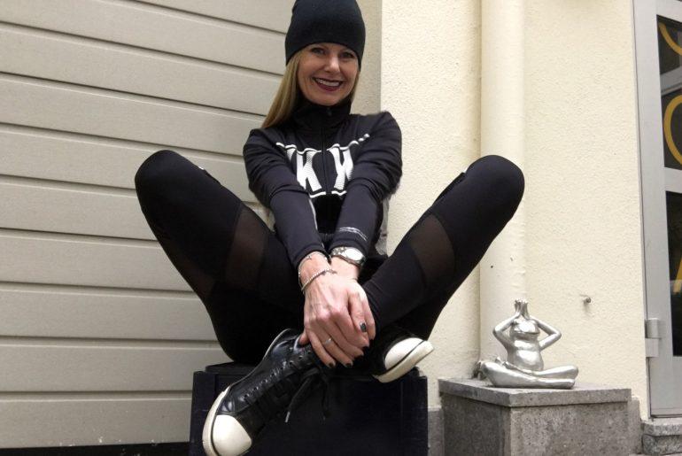 Renate Zott Cheekily Karussell